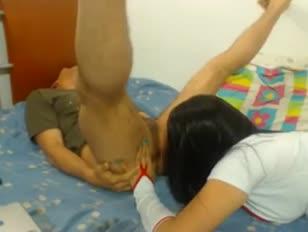 Spektakularne lizanie tyłka pacjentki na sexydatingcams.com