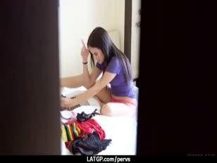 Szpiegowanie mojego współlokatora walącego swoją dziewczyną 19